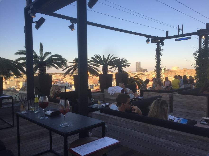 Two of barcelona 39 s best roof terraces therooftopguide com for The terrace lounge menu