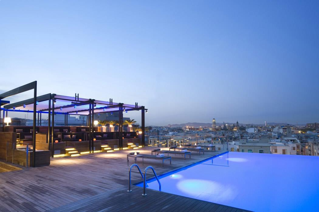 Rooftop pool in Barcelona, Sky Bar at Grand Hotel Central