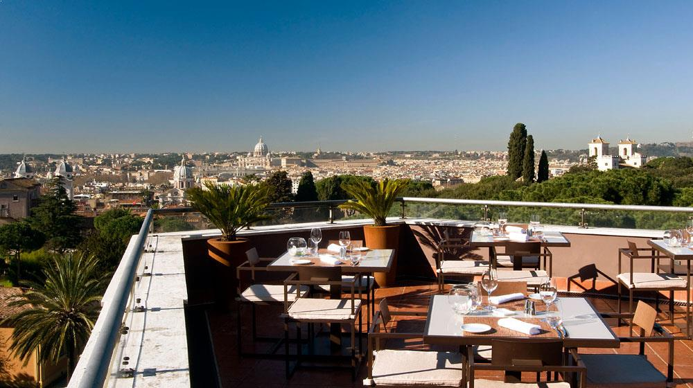 Terrasse Villa Borghese : Luxurious rooftop lunch at Sofitel Villa Borghese in Rome