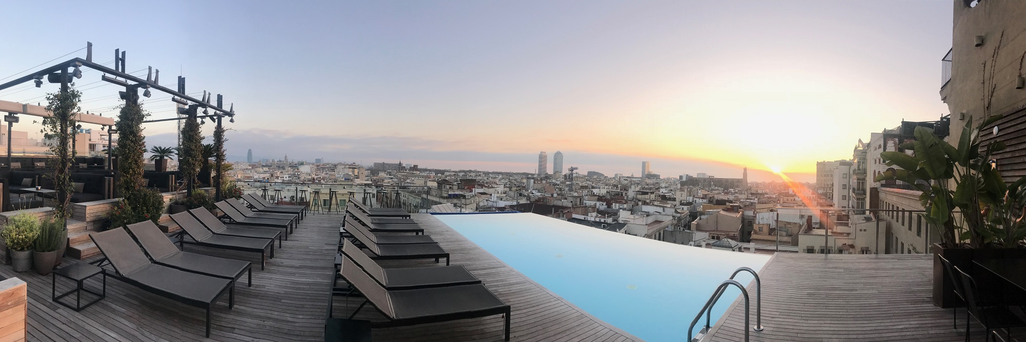 the best rooftop pool in europe at grand hotel central in. Black Bedroom Furniture Sets. Home Design Ideas