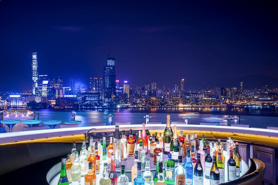 Rooftop bar Hong Kong