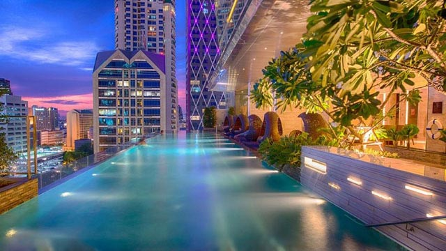 Rooftop bar Bangkok Eastin Grand Hotel Sathorn in Bangkok