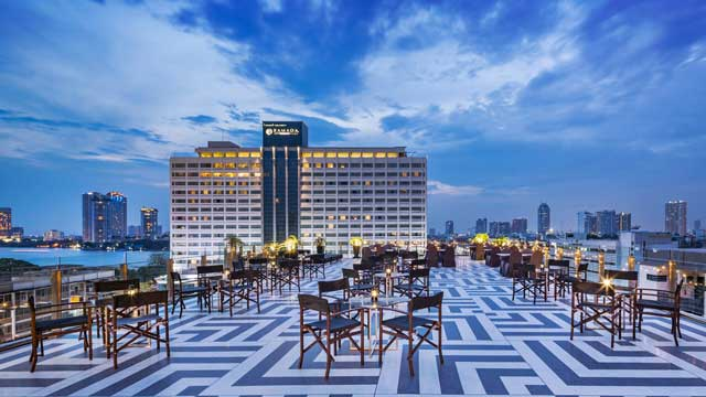 Top Knot at Hotel Once - Rooftop bar in Bangkok   The ...