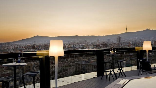 Barcelo Raval Hotel Rooftop Bar In Barcelona The Rooftop