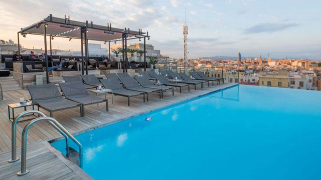 La Dolce Vitae at Majestic Hotel - Rooftop bar in ...