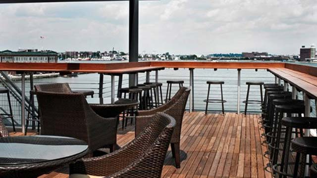 Legal Harborside Rooftop Bar In Boston Therooftopguide Com