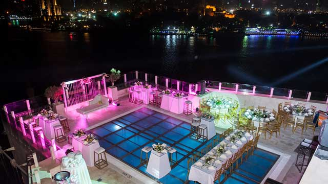 The Roof Pool Bar At Kempinski Nile Hotel Rooftop Bar In Cairo