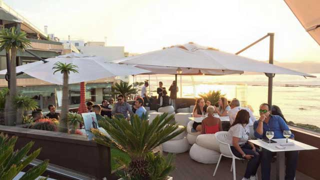 Terraza La Casa Blanca Rooftop Bar In Canary Islands Gran