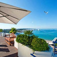 Rooftop bar Cannes Grand Hyatt Cannes Hôtel Martinez in Cannes