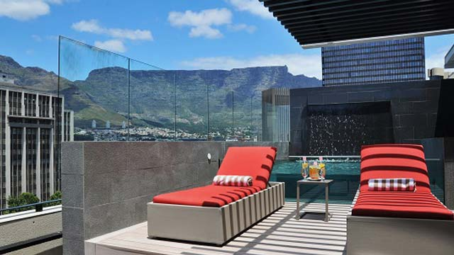 Rooftop bar Cape Town Park Inn by Radisson Cape Town Foreshore in Cape Town