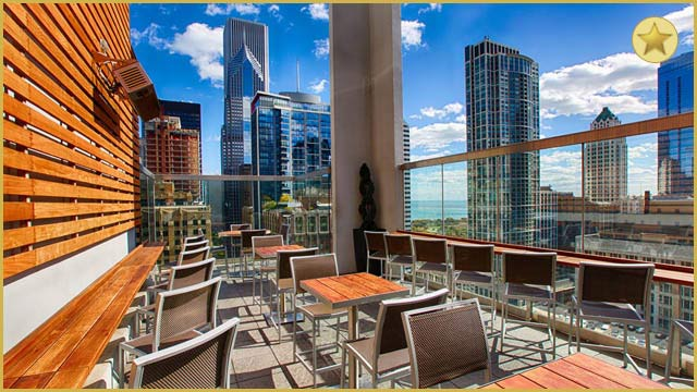 Rooftop Bar Chicago ROOF On The Wit In Chicago ...