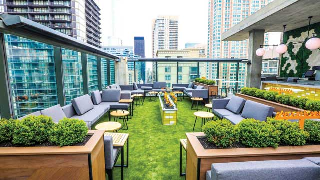 Apogee Chicago - Rooftop bar in Chicago | The Rooftop Guide