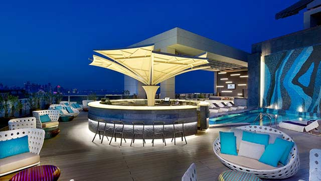 Rooftop bar Doha Pure Lounge at DoubleTree in Doha