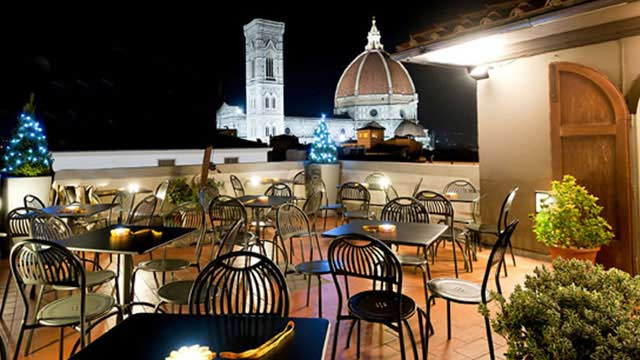 Caffé La Terrazza At La Rinascente Rooftop Bar In Florence