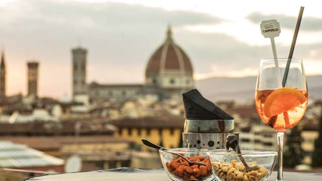 Empireo At Plaza Hotel Lucchesi Rooftop Bar In Florence