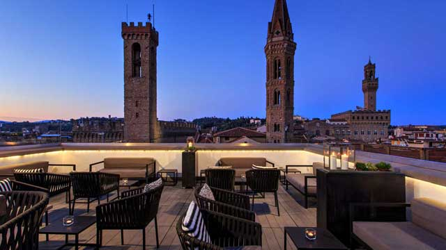 Divina Terrazza At Grand Hotel Cavour Rooftop Bar In