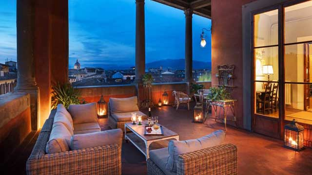 Rooftop bar Florence Loggia Roof Bar at Hotel Palazzo Guadagni