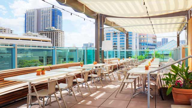 Buho Cocina y Cantina Rooftop bar in Hawaii