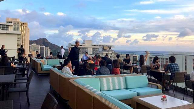 Sky Waikiki Rooftop Bar In Hawaii Therooftopguide Com