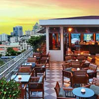 Rooftop bar Ho Chi Minh Saigon, Saigon Bar at the Caravelle Hotel in Ho Chi Minh