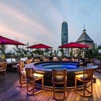 Rooftop bar Hong Kong Ce La Vi in Hong Kong
