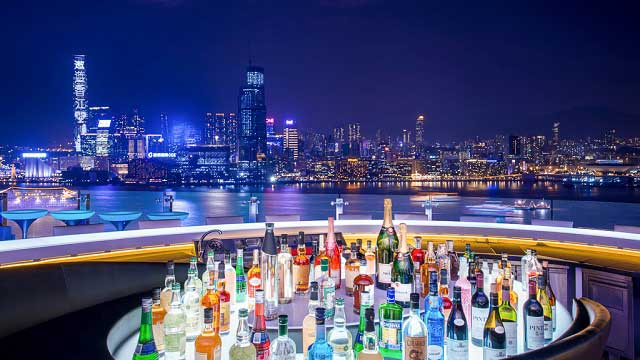 Rooftop bar Hong Kong SKYE at Hotel de Park Lane in Hong Kong