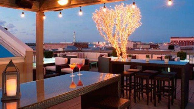 Rooftop bar Houston Tremont House in Houston