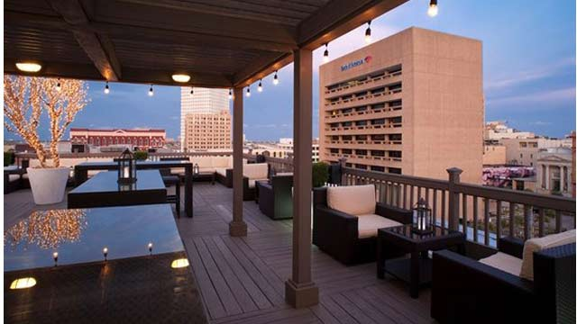 Tremont House Rooftop Bar In Houston The Rooftop Guide
