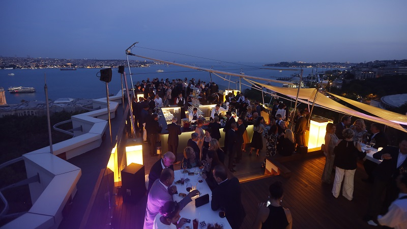7 Best Rooftop Bars In Istanbul 2019 Update