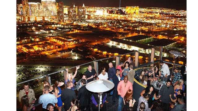 Moon Closed Rooftop Bar In Las Vegas The Rooftop Guide
