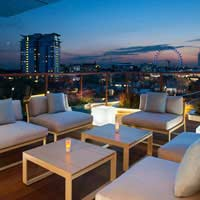 Rooftop bar London H10 Waterloo Sky Bar in London