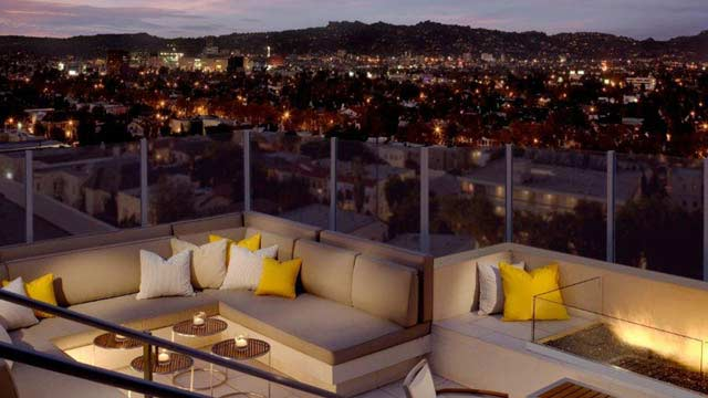 The roof on wilshire rooftop bar in la los angeles for Food bar wilshire