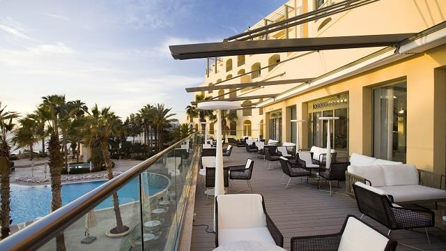 Hilton Malta Rooftop Bar In Malta Therooftopguide Com
