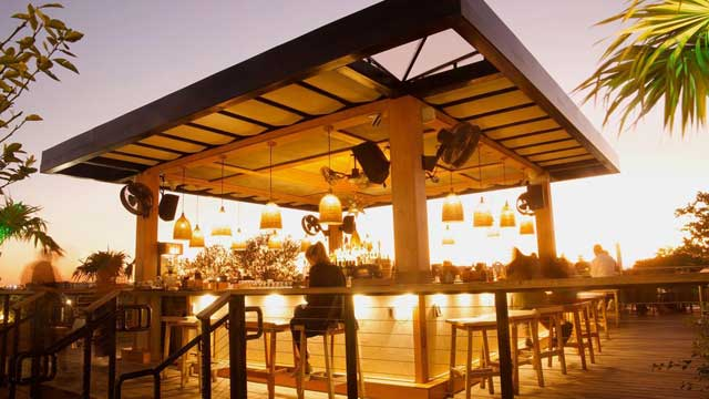 Astra - Rooftop bar in Miami | The Rooftop Guide