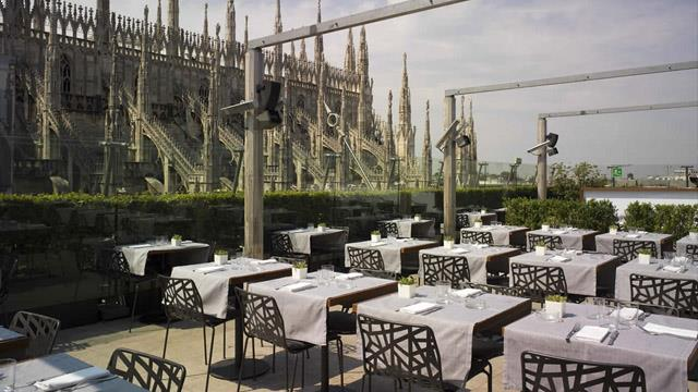 La Rinacente Rooftop Bar In Milan Therooftopguide Com