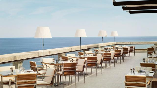 Rooftop bar Monaco L'Horizon Deck, Restaurant & Champagne Bar in Monaco