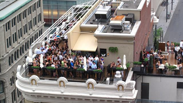 Rooftop bar Montreal Terrasse Place D'Armes in Montreal