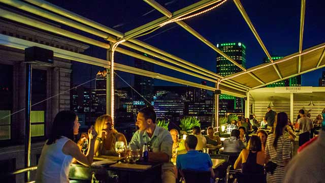 Terrasse Place D Armes Rooftop Bar In Montreal The
