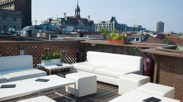 Rooftop bar Montreal Terrasse sur L'Auberge in Montreal