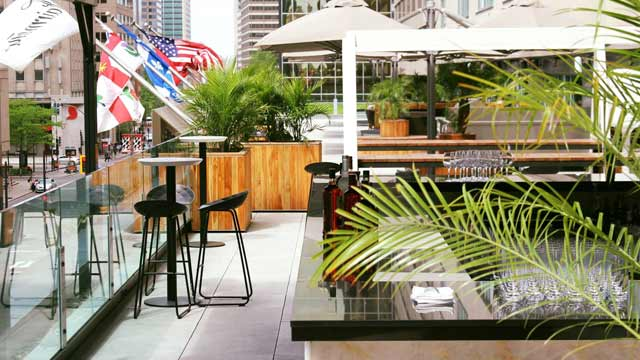 Nacarat - Rooftop bar in Montreal | The Rooftop Guide