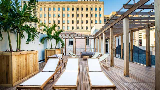 Monkey Board - Rooftop bar in New Orleans | The Rooftop Guide | 640 x 360 jpeg 47kB