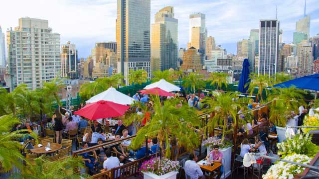 230 Fifth - Rooftop bar in New York, NYC | The Rooftop Guide