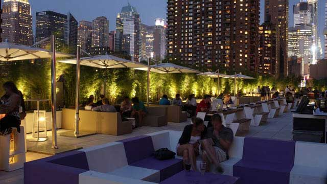 Rooftop Bar Four At Yotel In New York Therooftopguide Com