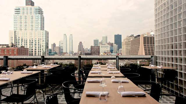 Hotel americano rooftop bar in new york nyc for Americano new york