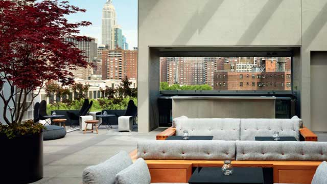 la piscine at hotel americano rooftop bar in new york nyc therooftopguide com. Black Bedroom Furniture Sets. Home Design Ideas
