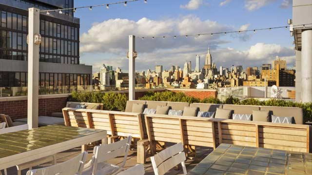 Mr Purple Nyc Rooftop Bar In New York Nyc The Rooftop