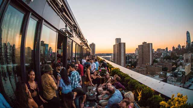 Rooftop Bars Nyc >> PH-D Rooftop Lounge - Rooftop bar in New York, NYC | The ...