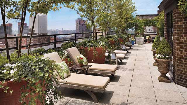 The sky terrace at hudson hotel rooftop bar in new york for 10 river terrace ny