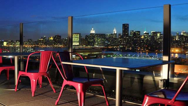 Z Roof Rooftop Bar At Z Hotel Ny In New York Nyc The