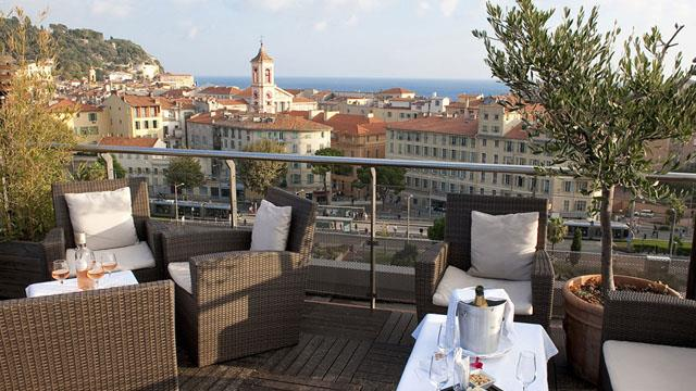 Rooftop bar Nice Seven Blue Bar at Aston La Scala in Nice